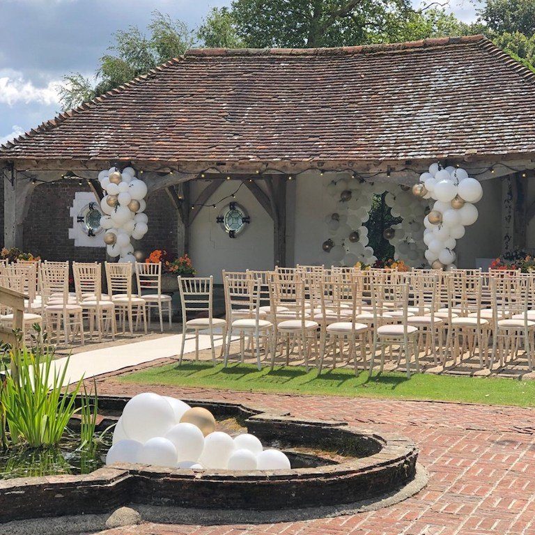 Country wedding balloons