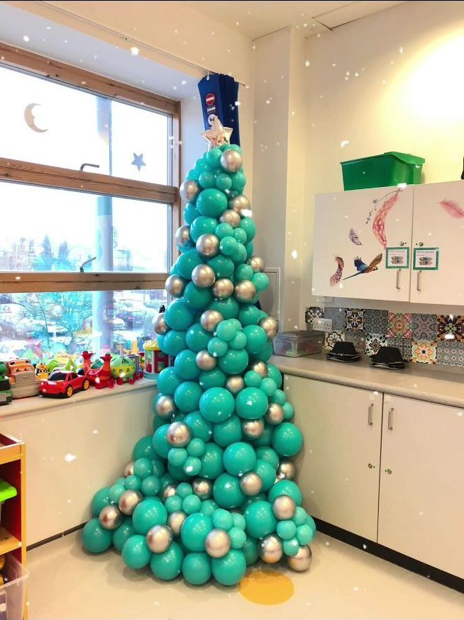 Reused balloons childrens hospital balloon tree