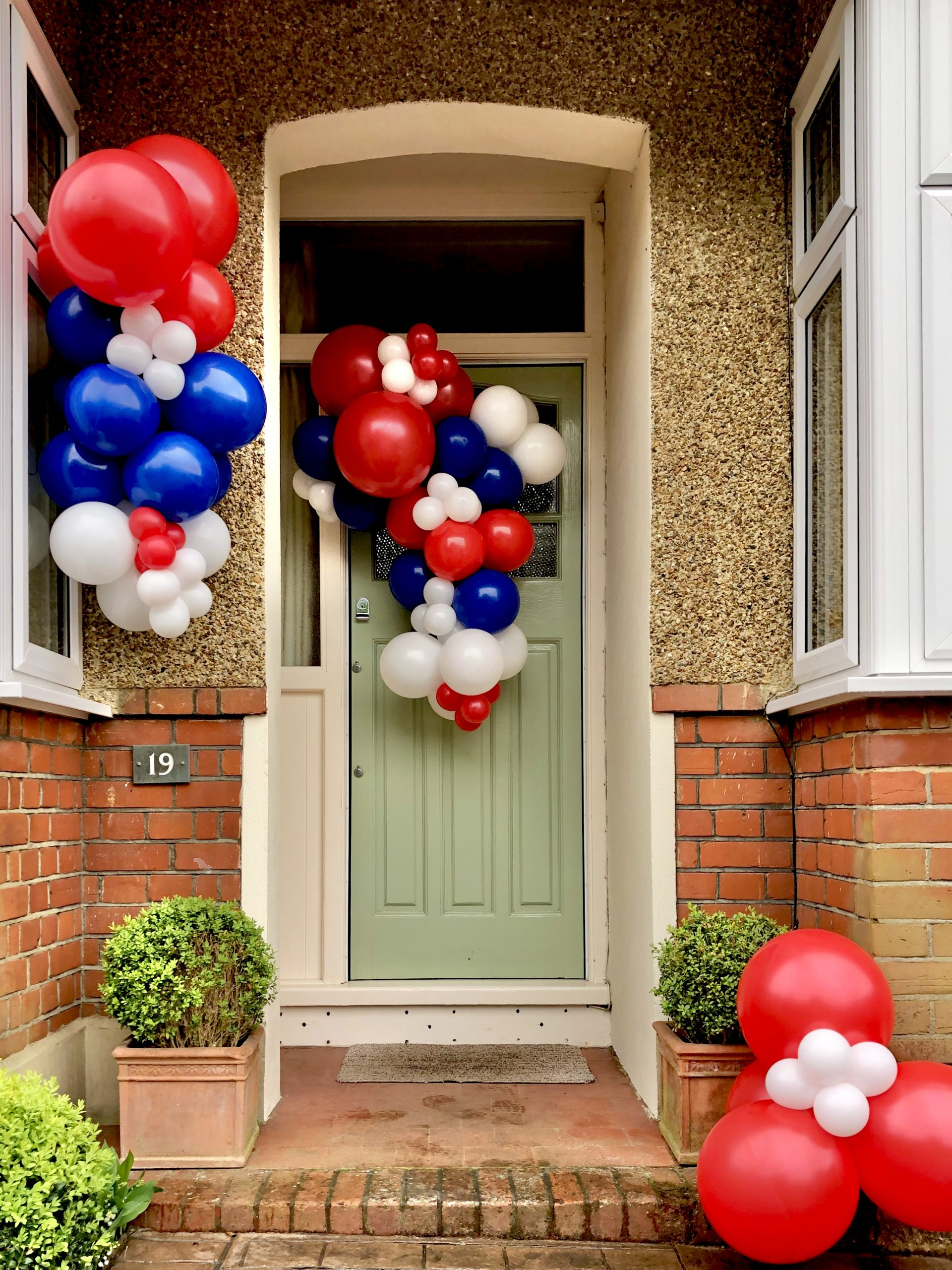 Ve Day Red White And Blue Balloon Garland Diy Kit Balloonista