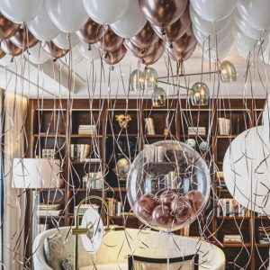 balloonista personalised bubble and ceiling balloon package