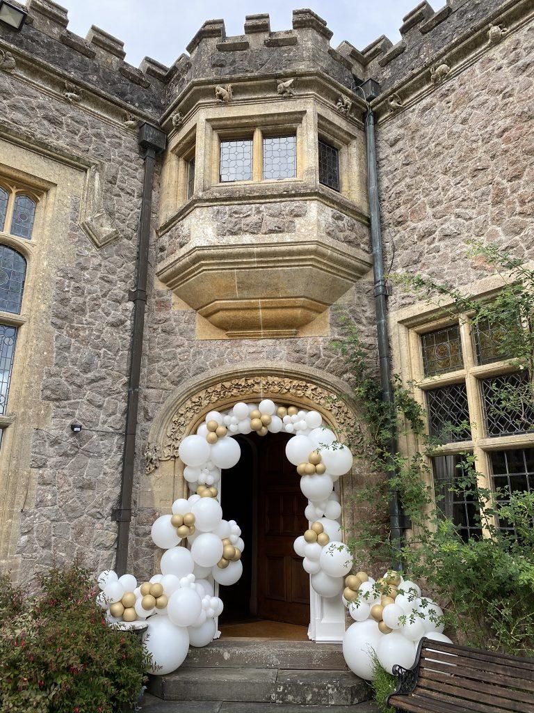 Balloonista Manor Entrance Balloon Decorations