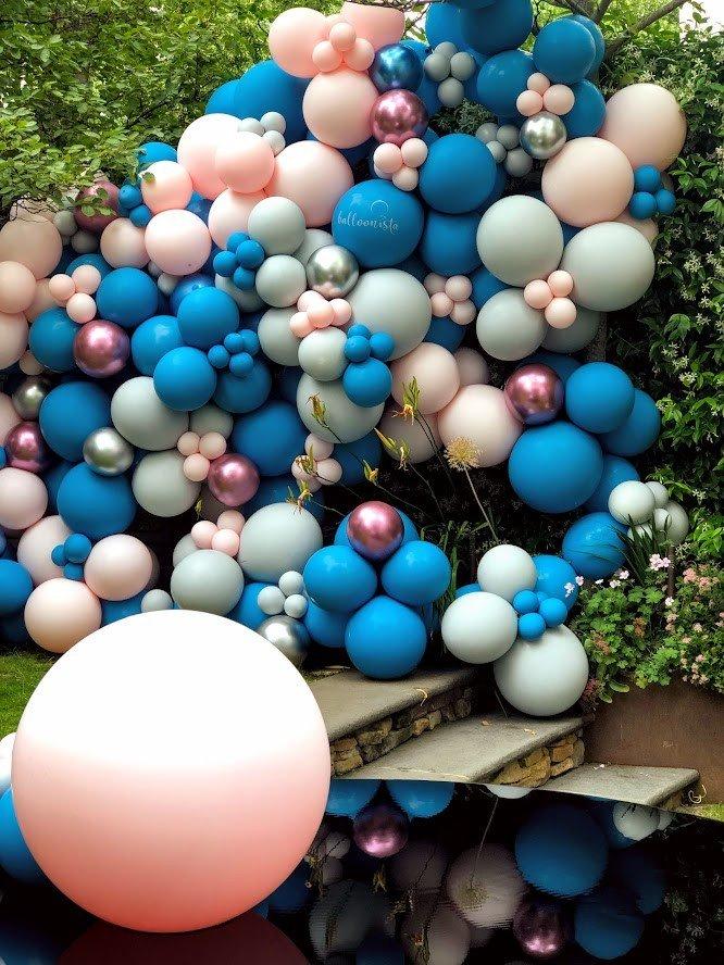 Balloonista graduation party