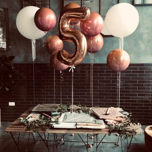 ombre orbz and number package balloonista