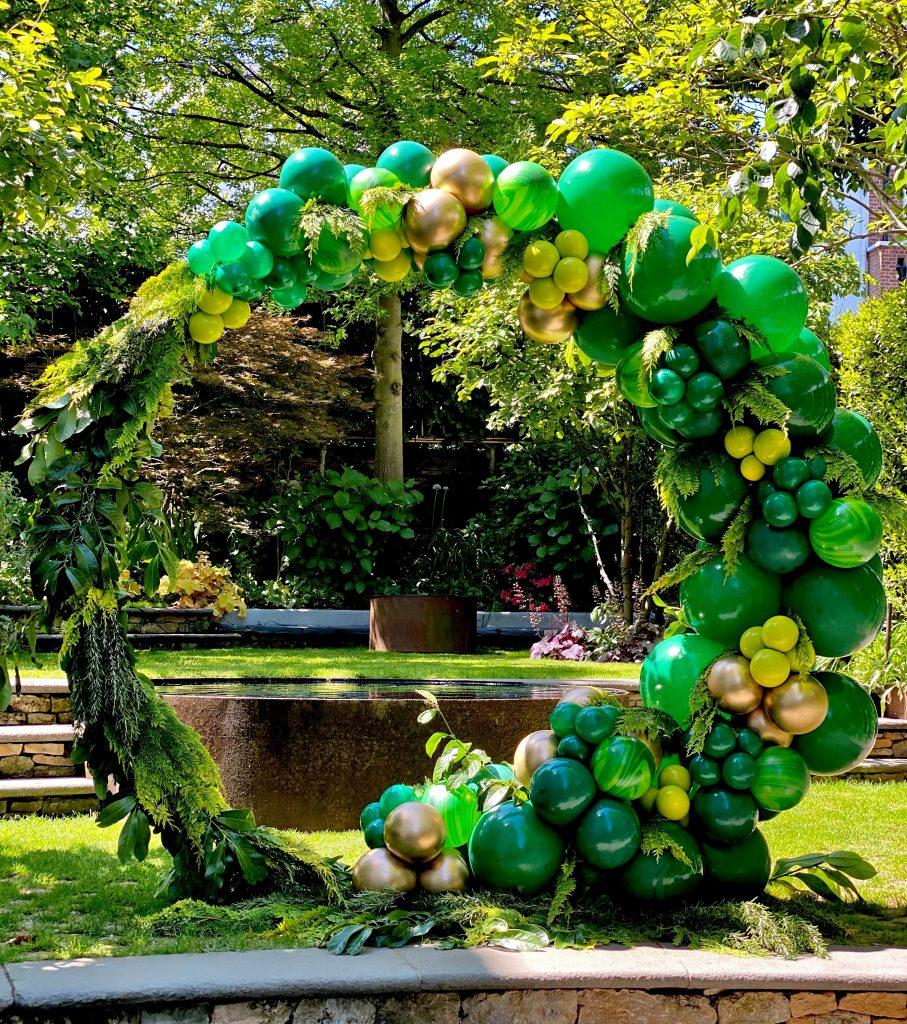 green moongate