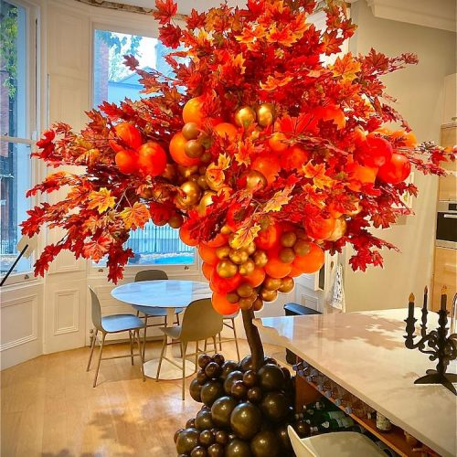 Balloonista Autumnal Tree