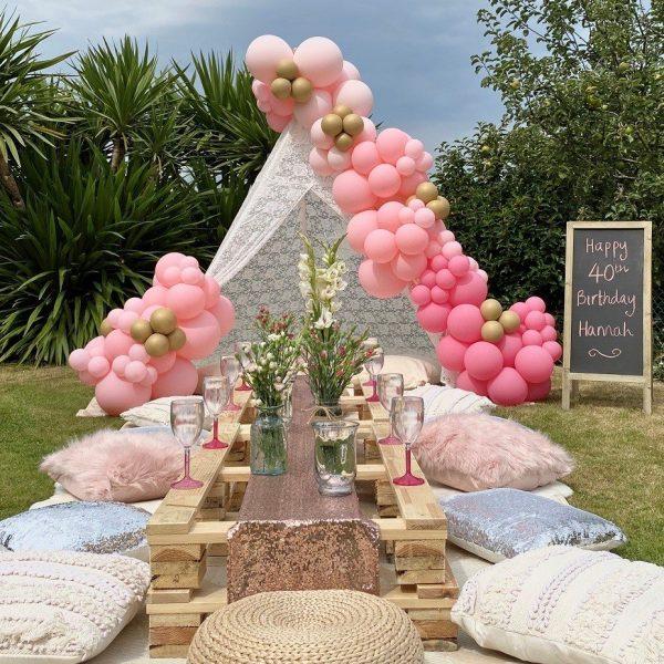 Balloonista Pink Ombre Balloon Garden Teepee Picnic Cussion Party Decor