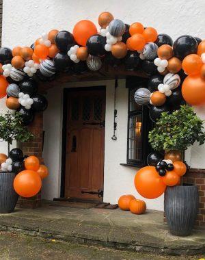 Luxury Halloween House Entrance Balloon Decorations orange and black