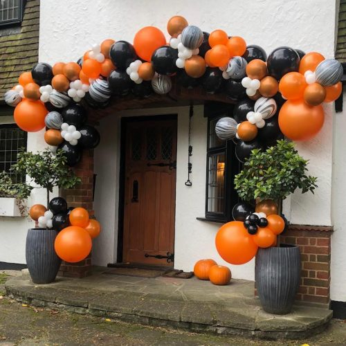 Luxury Halloween House Entrance Balloon Decorations orange and black